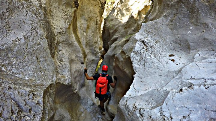 Canyoning in Goura