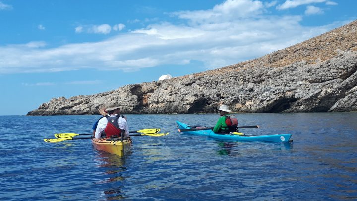 Hiking and sea kayaking Crete